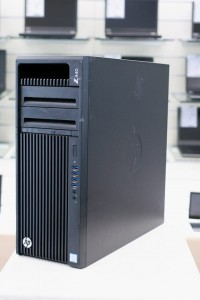 HP WorkStation Z440 | Xeon E5-1650 V4 | 32GB DDR4 | 240GB SSD + 2x2TB HDD | nVidia Quadro K2200 | WINDOWS