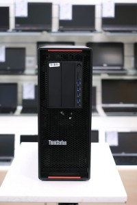 LENOVO ThinkStation P500 | Xeon E5-1620v3 | 32GB DDR4 | 256GB SSD M.2 PCIe + 500GB HDD | nVidia Quadro K2200 | WINDOWS 10 PRO