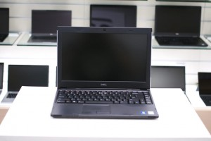 "DELL Latitude 3330 | 13.3"" HD 